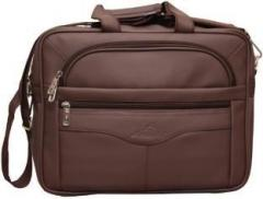 Attache 15.6 inch Laptop Messenger Bag