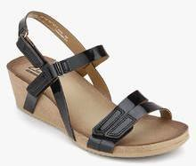 f77eff1fa8 Clarks Alto Gull Black Sandals for women - Get stylish shoes for ...