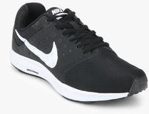7739fc623e7e3 Nike Downshifter 7 Black Running Shoes for women - Get stylish shoes ...