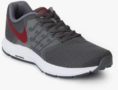 74bd9a826 Nike Run Swift Black Running Shoes for Men online in India at Best price on  13th July 2019, | PriceHunt