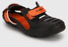 Reebok Kobo Quest 2.0 Lp Black Floaters for Boys in India April ... 3779ae7d9