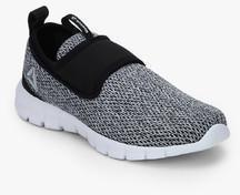 Reebok Tread Walk Lite Black Running Shoes for women - Get stylish ... a92cc13ac