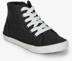 9749926017f4 United Colors Of Benetton Charcoal Sneakers for Boys in India May ...