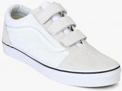 Vans White Sneakers for Men online in India at Best price on 28th ... 72ead9848